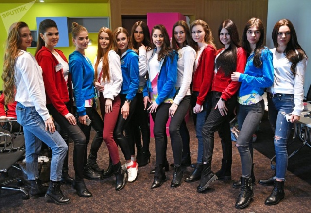 Rusya'nın dört bir yanından yarışmaya katılan 50 güzelden biri, 13 Nisan'da Moskova'da yapılacak finalde Rusya Güzeli 2019 unvanına layık görülüp kraliçe tacının sahibi olacak.