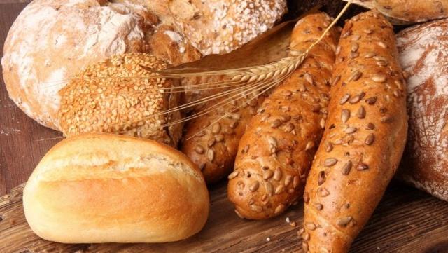Her türlü ekmek çeşidi