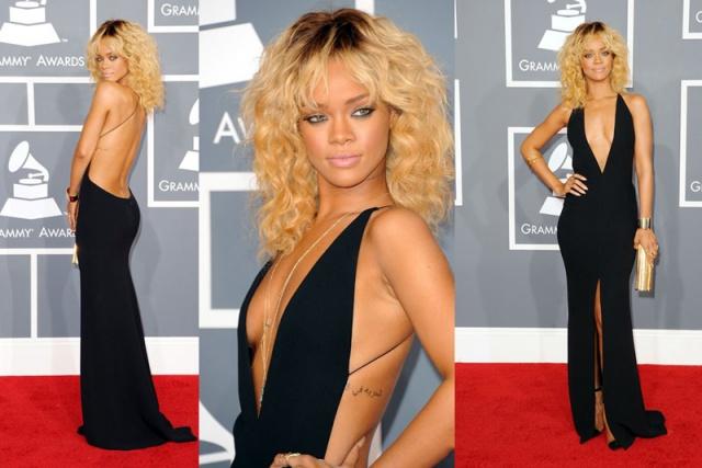 2012 - Cesur sarı saçları, Giorgio Armani elbisesi, Louboutin ayakkabıları ve Jimmy Choo çantasıyla Rihanna, 2012 Grammy'lerinin en şık isimlerinden biri oldu. Geniş göğüs ve sırt dekolteli bu elbise, onun cesur ve iddiayı seven tarafını açık ediyor.