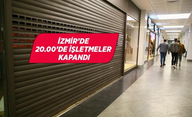 İzmir'de yeni tip koronavirüs (Kovid-19) ile mücadele kapsamında uygulanmaya başlanan yeni kısıtlamalar hayata geçirildi. Kentteki restoran ve kafe gibi işletmeler saat 20.00 itibariyle kapandı. Kentte alışveriş merkezinde bulunan vatandaşlar saat 20.00 öncesinde AVM'den ayrıldı.