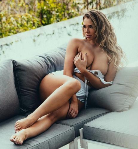 Seksi güzel Antje Utgaard, kendine güvenen ve şöhretli olan erkeklerden hoşlanırım.