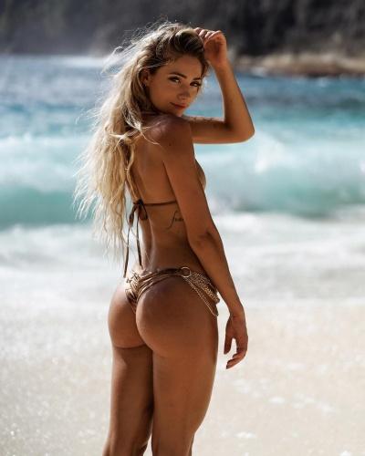 Summer Soderstrom, Instagram hayatını yaşıyor ve her saniyesini seviyor.   Maxim dergisine verdiği özel röportajın detayları...
