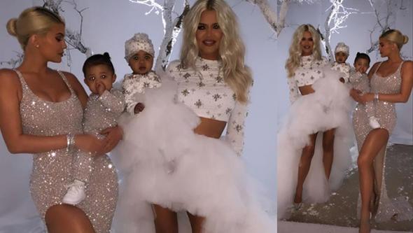 Üstelik bununla yetinmeyip Eskimo evi de kurdurdu. Kardashian - Jenner ailesinin üyelerinin yanı sıra Jennifer Lopez, sevgilisi Aleş Rodriguez, şarkıcı Sia, Paris Hilton, Selma Blair gibi ünlülerin de katıldığı partide, konuklar yapay karların üzerinde kızak keyfi de yaşadı. John Legend da grubuyla birlikte seslendirdiği şarkılarıyla geceye renk kattı.