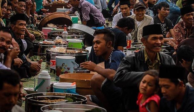 Cakarta (Endonezya) 13 saat