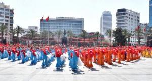 İzmir'de 23 Nisan coşkusu