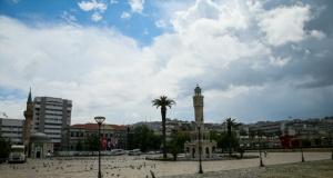 Sokağa çıkma kısıtlamasının son gününde İzmir