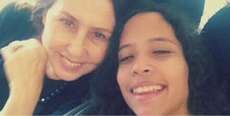 Nilüfer'den Uçak Selfie'si