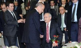 Erdoğan Kılıçdaroğlu'yla El Sıkıştı