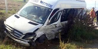 Tire'de Feci Kaza: 8 Yaralı