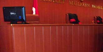 Hakim, Kadın Katibi Rehin Aldı