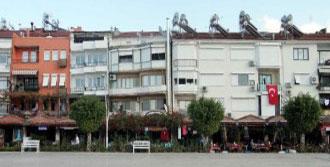 Fethiye'de 'Sarhoş Binalar' Yıkılıyor