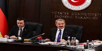 Gümrük Birliği Türkiye'nin Aleyhine İşliyor