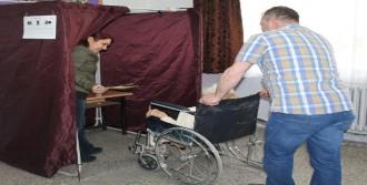 101 Yaşındaki Mülkiye Öğretmen Oyunu Kullandı