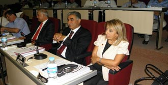 AK Parti Çiğli'de Neler Oluyor?