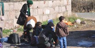 138 Suriyeli Kaçak Yakalandı