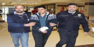 Katil Üniversiteli Tutuklandı