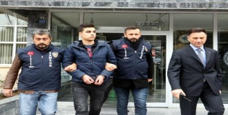 17 Yaşındaki Genci Bıçaklayan Şüpheli Tutuklandı