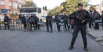 Ankara'da HDP Merkezine Giriş Yasak