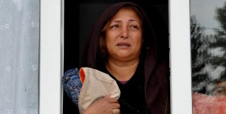 Kaçırılan Kızının Yolunu Gözlüyor