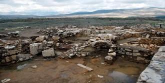 2 Bin Yıllık Alttan Isıtmalı Ev