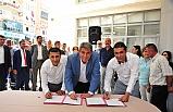 Balçova'da 1 Mayıs coşkusu: 'Taşeron işçilerine ikramiye veren tek Başkan'