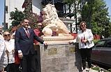Açılışı Başkan Pekdaş yaptı; İzmir'e Lions aslan anıtı