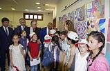 Köy çocuklarının resimleri sergide