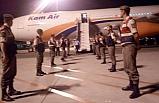 324 Afgan kaçak, uçakla gönderildi