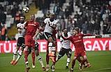 Beşiktaş yarıştan kopmadı: 2 -0