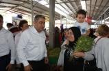 CHP'li Bedri Serter de sahada: Çiftçileri ziyaret etti
