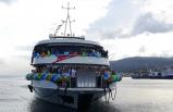 Midilli Adası'na feribot seferi