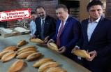 'Askıda Ekmek' projesine MHP İzmir'den destek