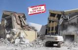 İzmir'de depreme dayanıksız lise binası yıkıldı