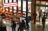 İzmir'de hastane bıçaklı sopalı kavga!