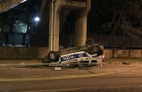 İzmir'de polis aracı devrildi!
