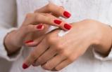 Yaşınızı belli eden kırışık ellerden peeling ile kurtulun!