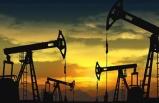 İran borsada petrolün fiyatını 64.9 dolara düşürdü
