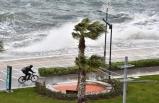 İzmir ve Ege'ye şiddetli rüzgar uyarısı!