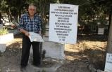 Mezar taşlarının kırılmasına pankartlı tepki