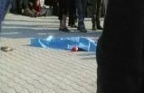 Öğrenci servisi çocuklara çarpıp kaçtı!