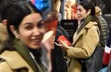 Ünlü oyuncu metroda! 'Burada da mı buldunuz beni'