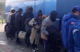 Çeşme'de 21 kaçak yakalandı