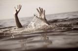 Denize düşen kişiyi polis kurtardı