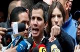 Maduro'yu devirebilmek için askerlerle görüşüyor