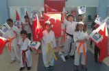 Foçalı minik sporcular karate terfi sınavından terledi