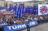 Binlerce işçi, 1 Mayıs için yürüdü