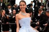 Cannes'da servet taşıdı