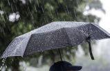 Sıcak yerini yağışlı ve serin havaya bırakıyor