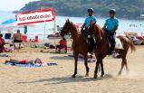 İzmir sahillerinde atlı denetim