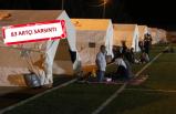 Denizli'de 'deprem' paniği: Geceyi çadırlarda geçirdiler!